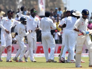 srilanka wins the first test against India
