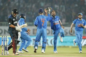 India wins the series 3-2