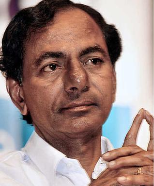 Telangana CM to take over Osmania surplus lands, Students call for strike