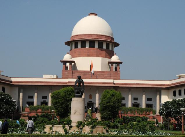 The power tussle between the Delhi government and the Centre reaches the Supreme Court