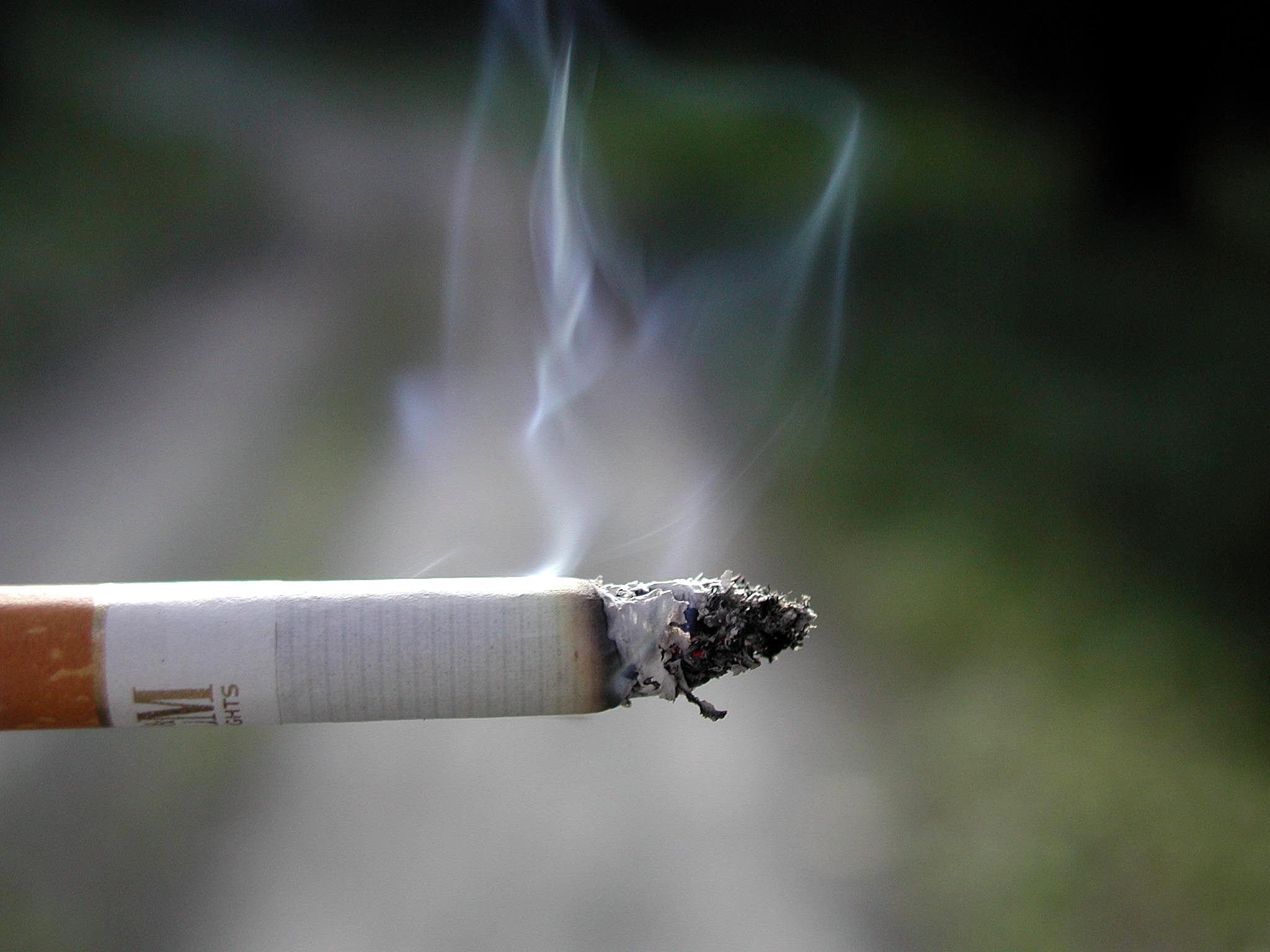 Beijing bans indoor smoking