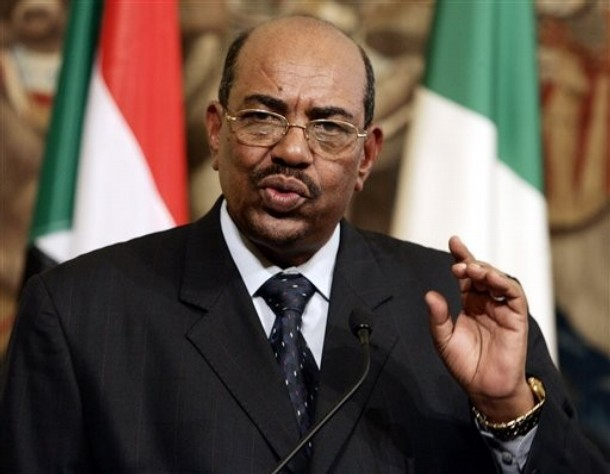 Sudan's President Bashir leaves South Africa despite of the International court's arrest warrant