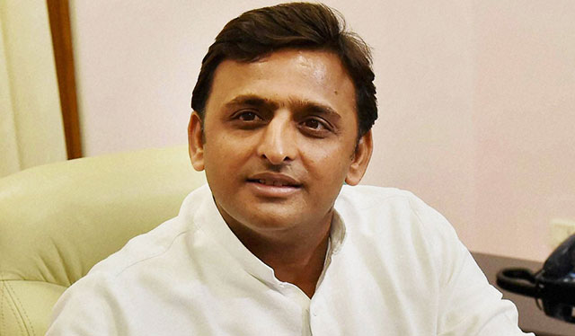 Akhilesh Yadav Attempts Image Makeover in UP: 9 Stripped off Ministries, 8 Ministers Sacked