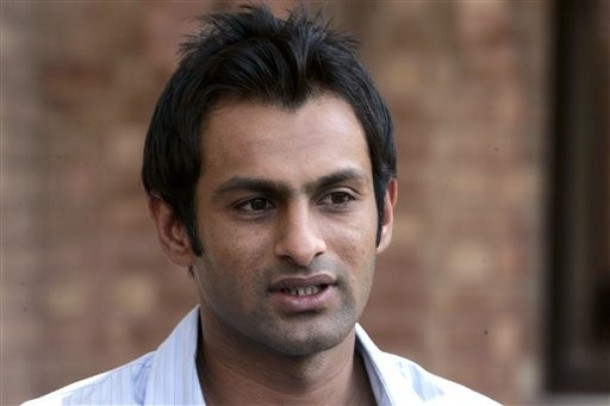 Pakistan Player Shoaib Malik retires from Test Cricket