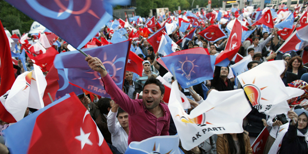 Ruling AKP Reclaims Majority in Turkey Elections