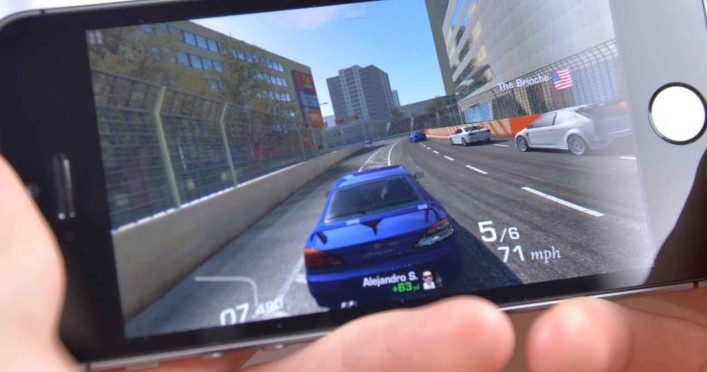 How to Play and Stream PC Games on iPhone and iPad