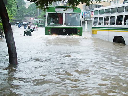 Non-stop rains disrupt normal life in Chennai city