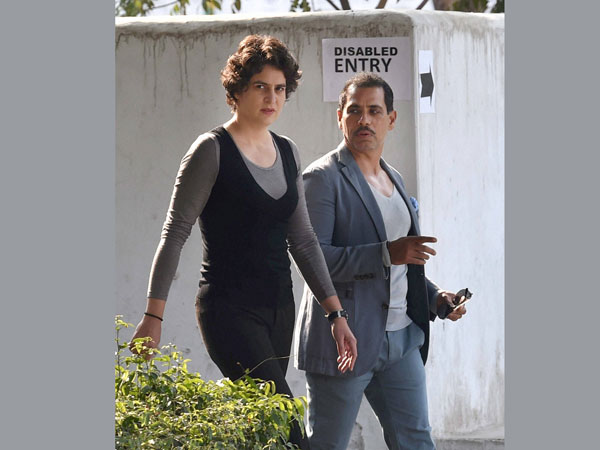 Was there a Bomb in Priyanka Vadra's flight?