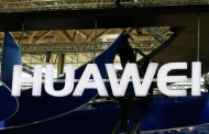 Huawei supports Apple in encryption fight