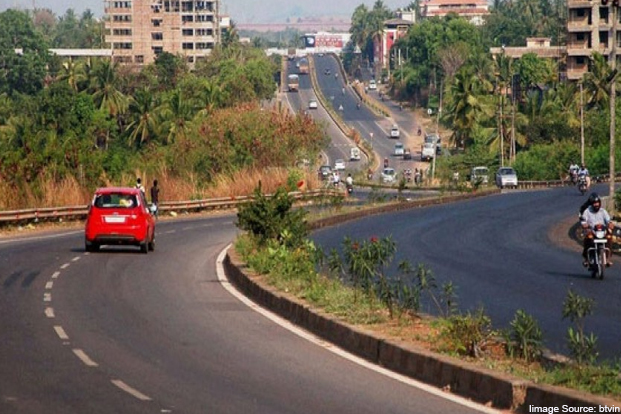 Remove all speed breakers on National Highways : Central govt
