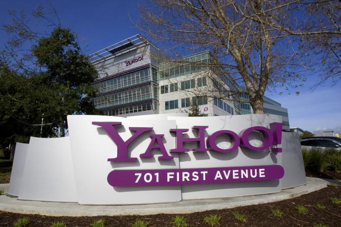 Is the Daily Mail considering Yahoo bid?