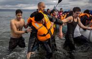 Migrant crisis: Greece migrants deported to Turkey