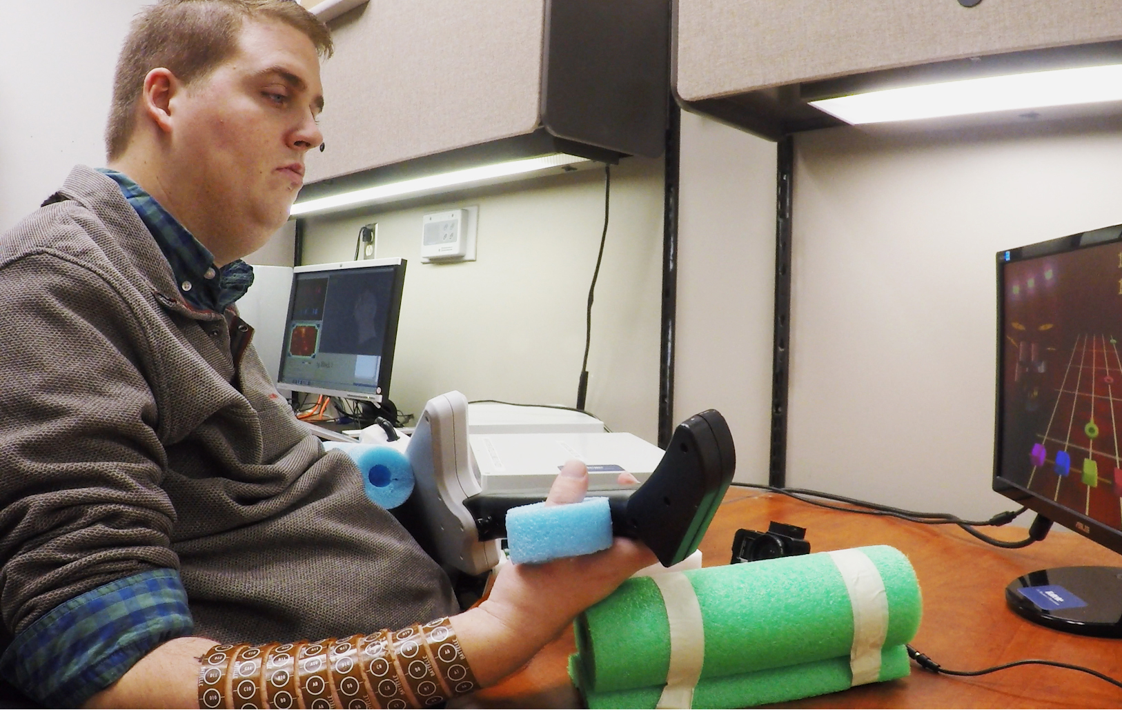 Implant help paralysed man live normal