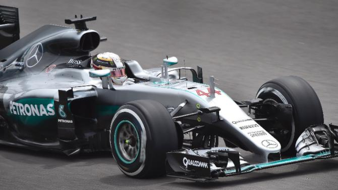 Hamilton tops third practice in Sochi