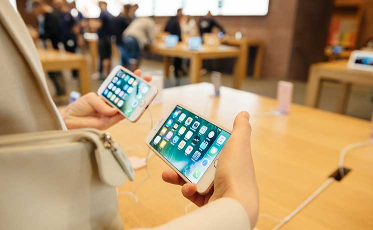 Top 4 iPhone 7 Features that began on Android
