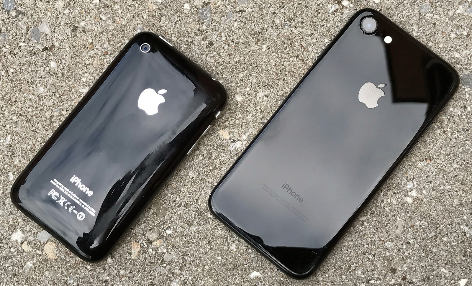 What is Apple Hiding in iPhone 7 Sales?