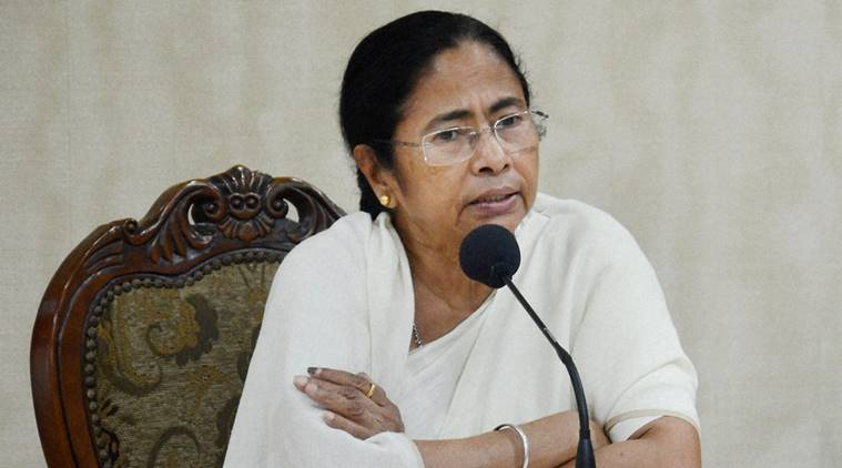 Mamata Banerjee and Arvind Kejriwal attack PM Modi over demonetization