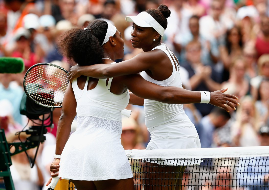 If Serena Williams beats her sister, she will regain the world number one status