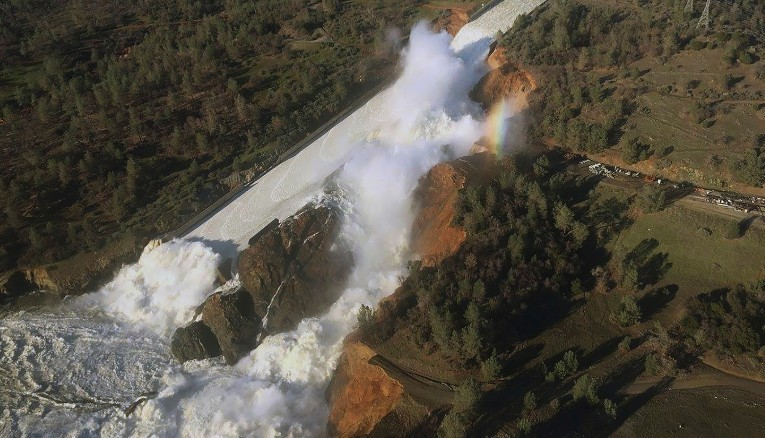 California Dam Collapse Risk Surges on