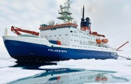 Ice-locked ship to drift over North Pole