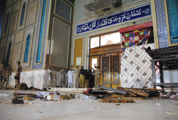 Dozens killed in Isis suicide attack on Sufi shrine in Pakistan