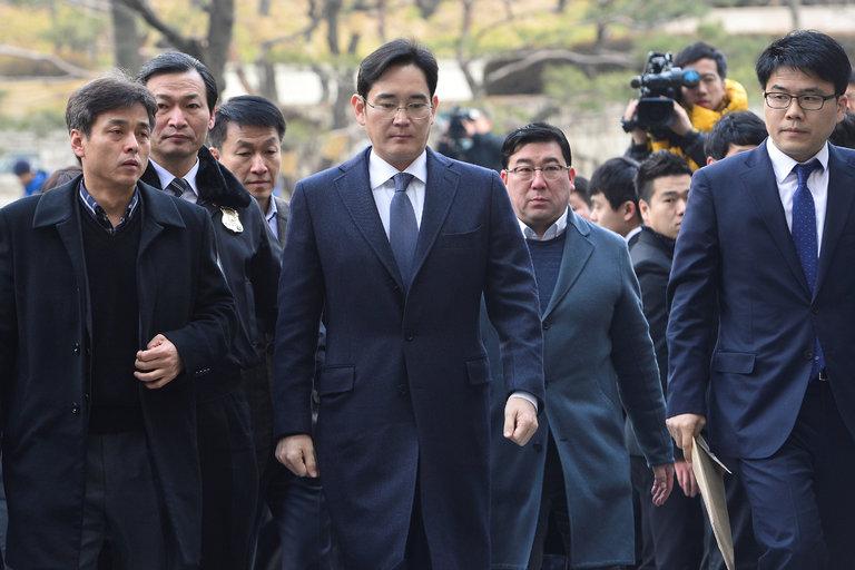 Samsung heir arrested