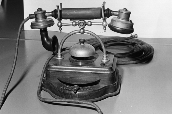 World's First Telephone Call
