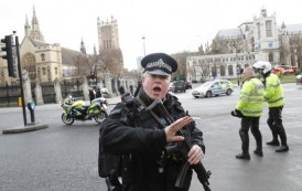London Attack: Eight arrests over Westminster attack