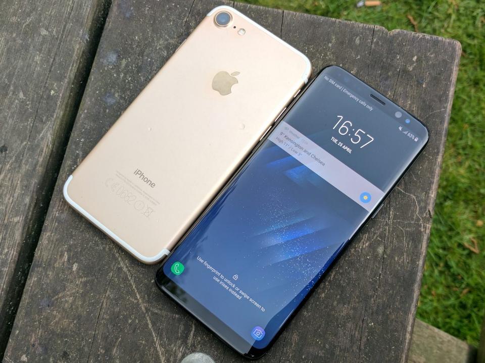 iPhone 7 VS Galaxy S8