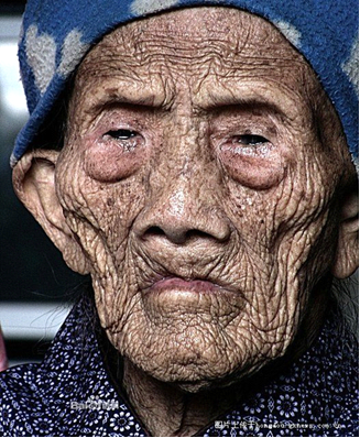 Know more about Li Ching Yuen- 256 years oldest man on Earth